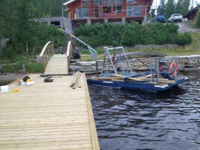 Kaapeli asennukset, venepoijujen myynti ja asennus, väylätyöt vesistössä